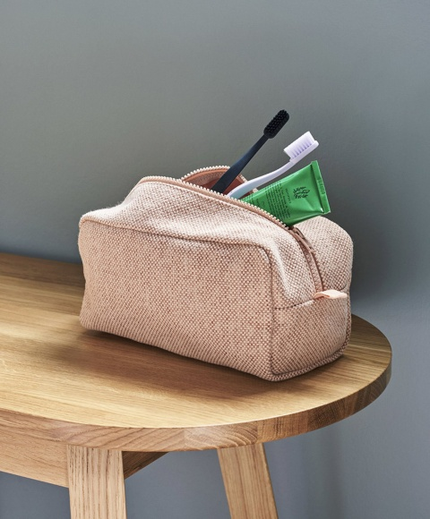 hue wash bag Hay